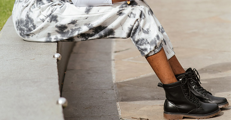 What Are The Benefits of Having The Best Combat Boots for Women