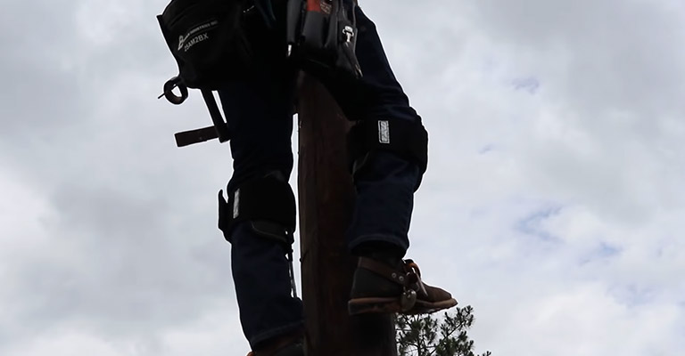 Factors to Consider When Picking The Best Lineman Climbing Boots