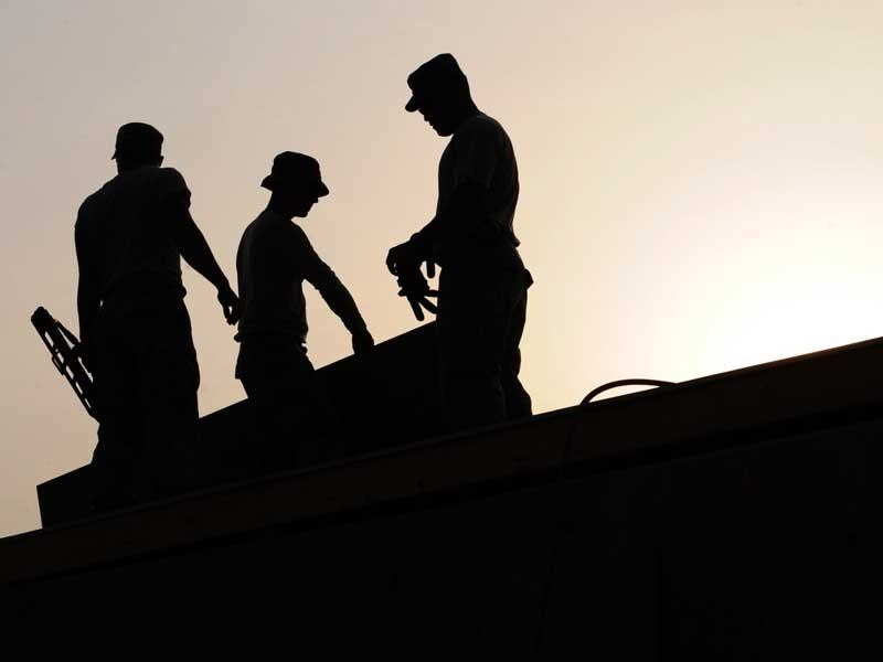 How To Choose Best Roofing Boots For Safety Works Including Buying Guide