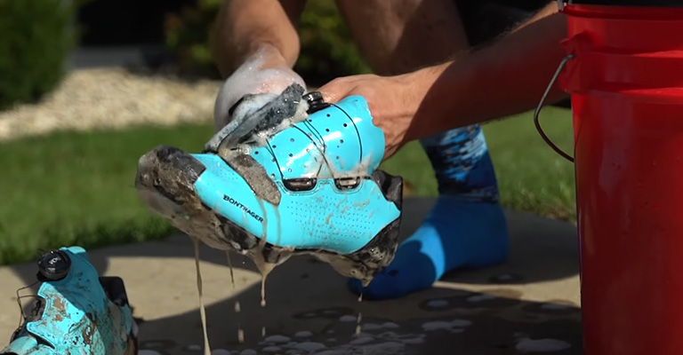 How do we clean cycling shoes