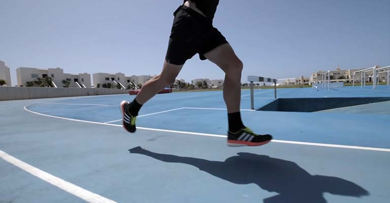 What Should You Look for When Purchasing a Pair of Fitness Shoes FI